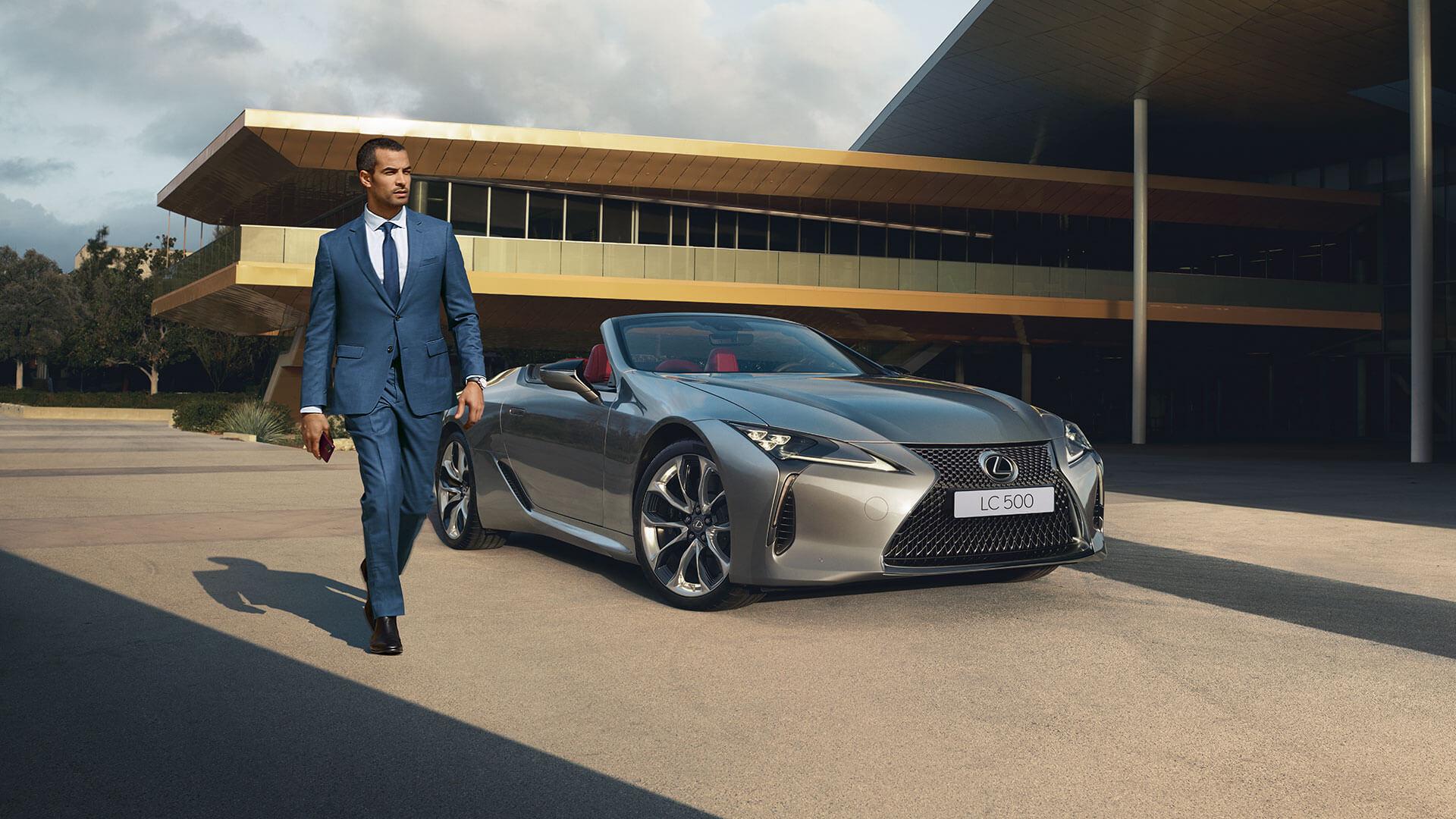 LC Convertible Best Luxury Car Award 01