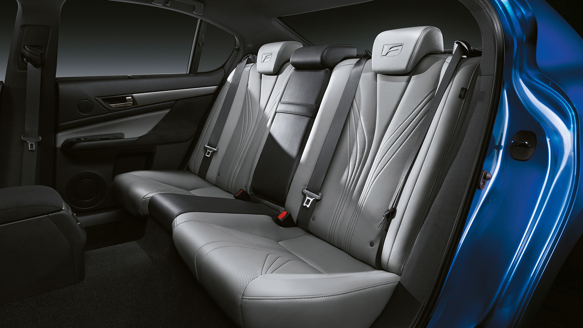 2017 lexus gs f features rear heated seats