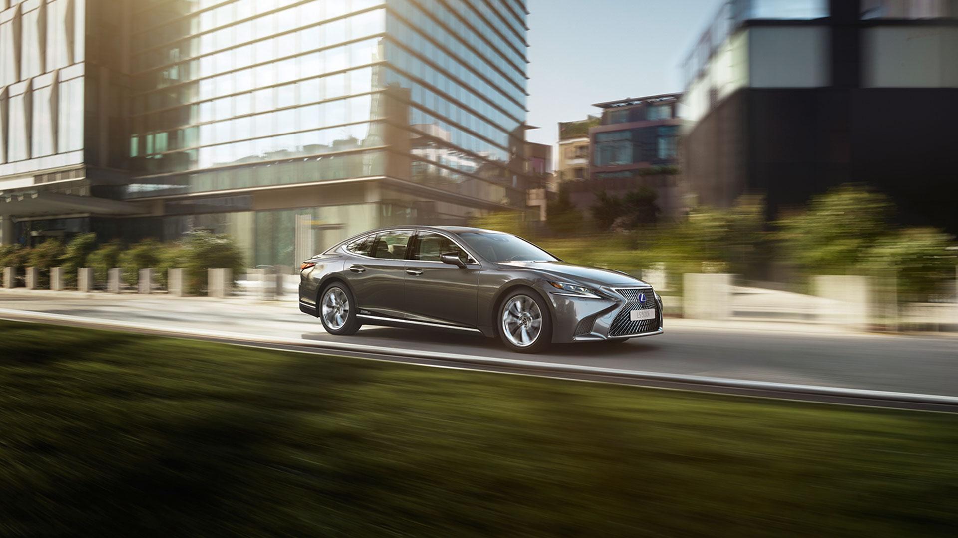 Lexus LS Seitenansicht