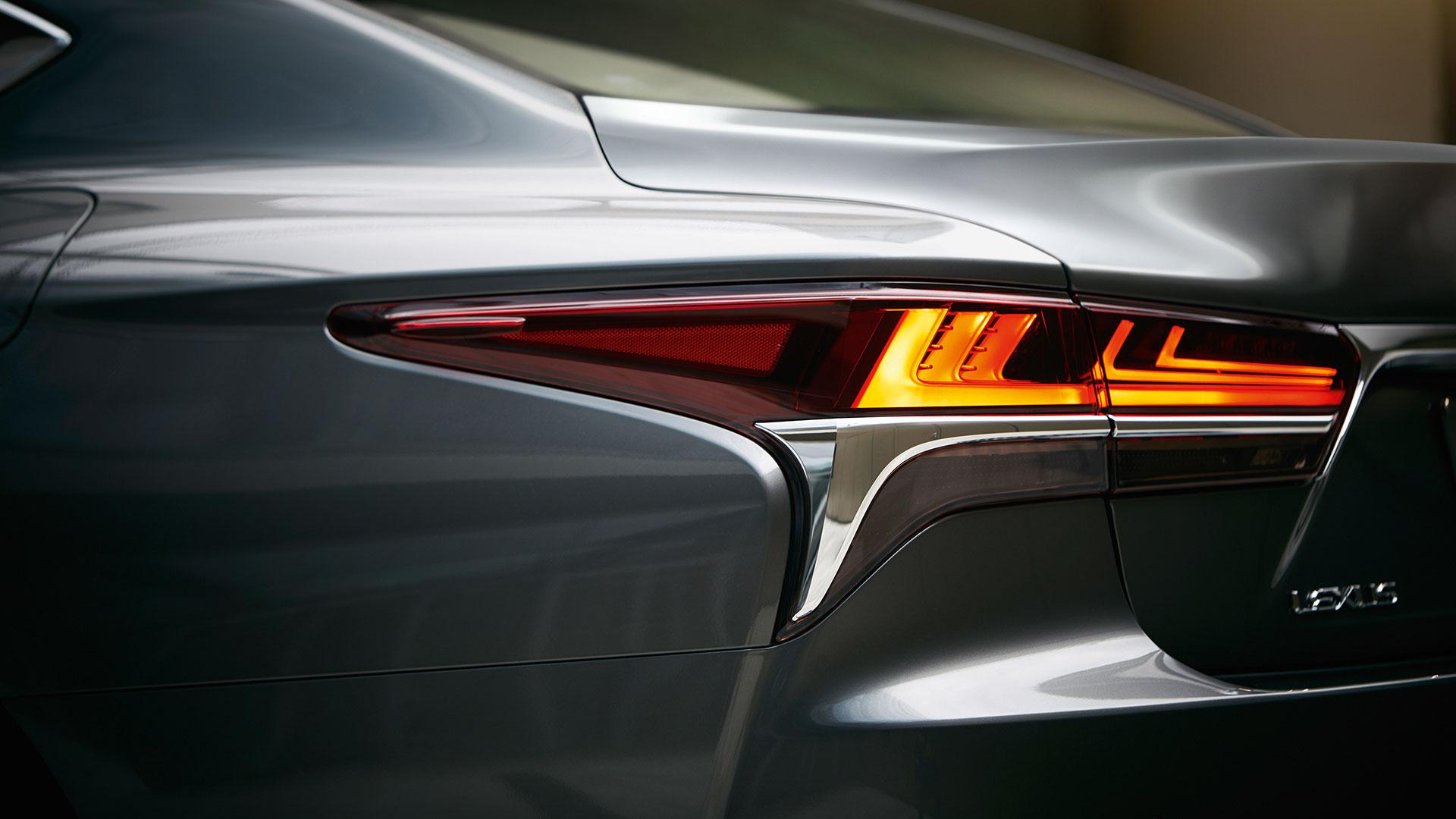 Lexus LS Rücklicht