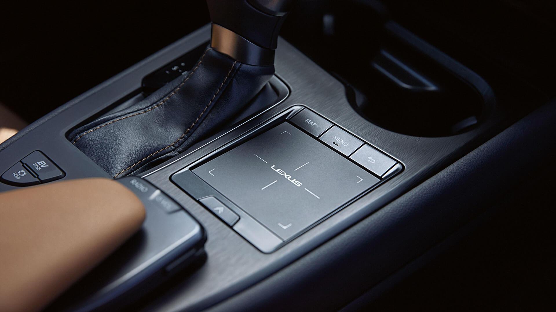 Lexus UX Touch Pad