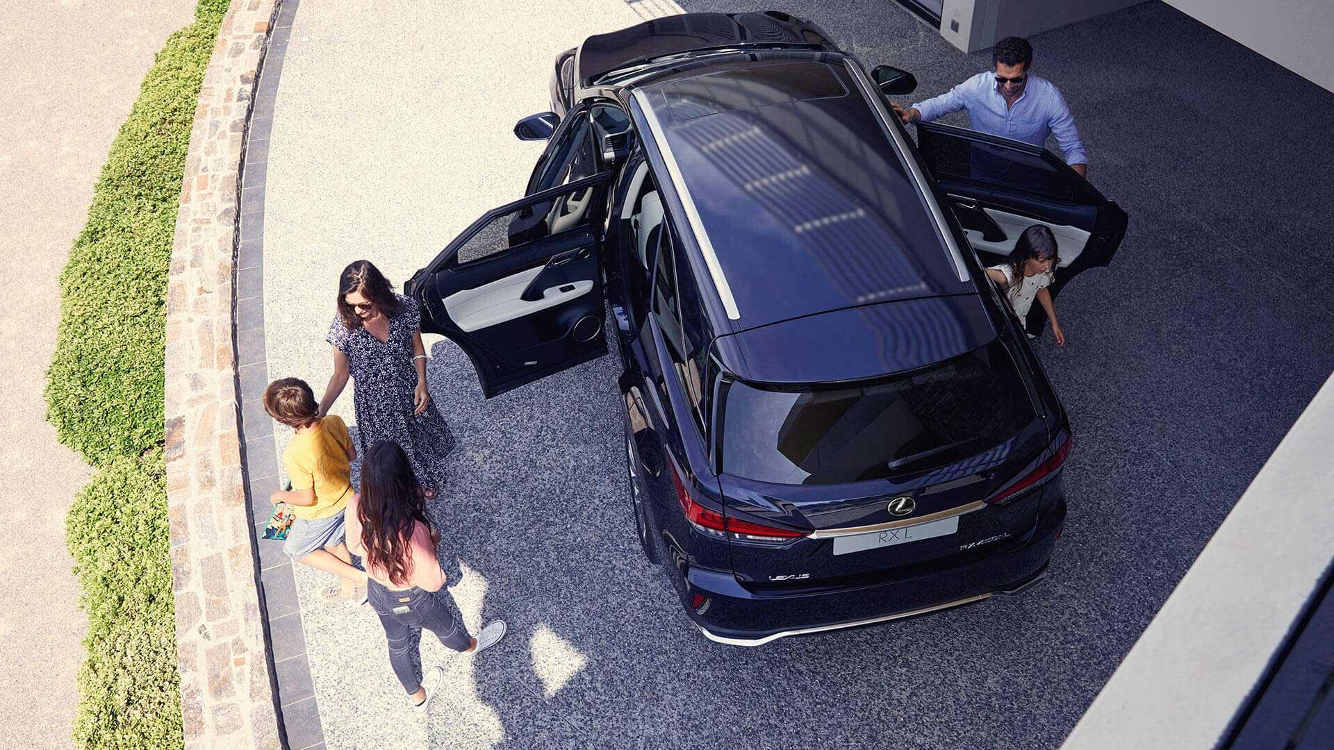 Lexus RX L 450h Hybrid 2019 Vogelperspektive