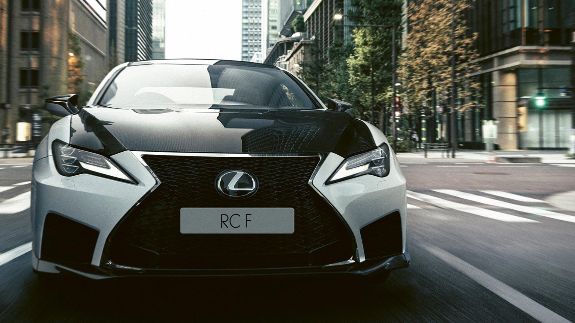 Lexus RC F von vorne