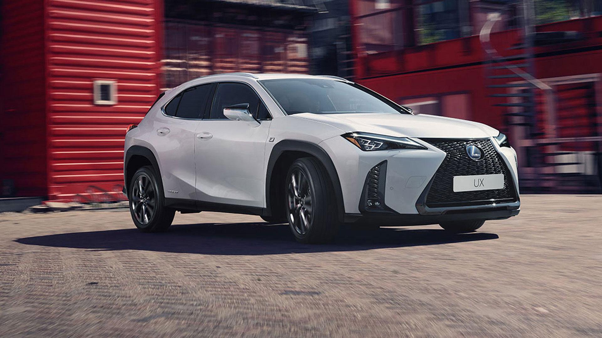 Lexus UX Hybrid 2019 in weiß