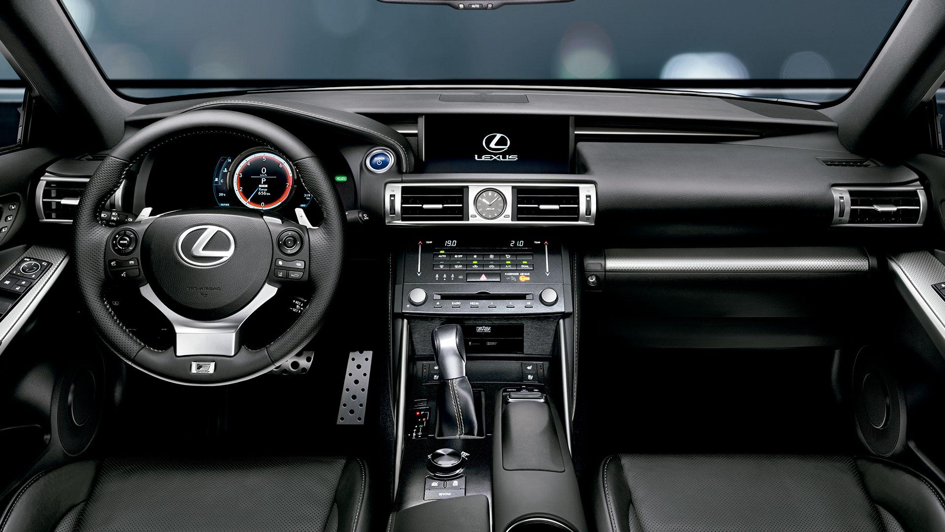 Lexus con Hybrid Drive hero asset