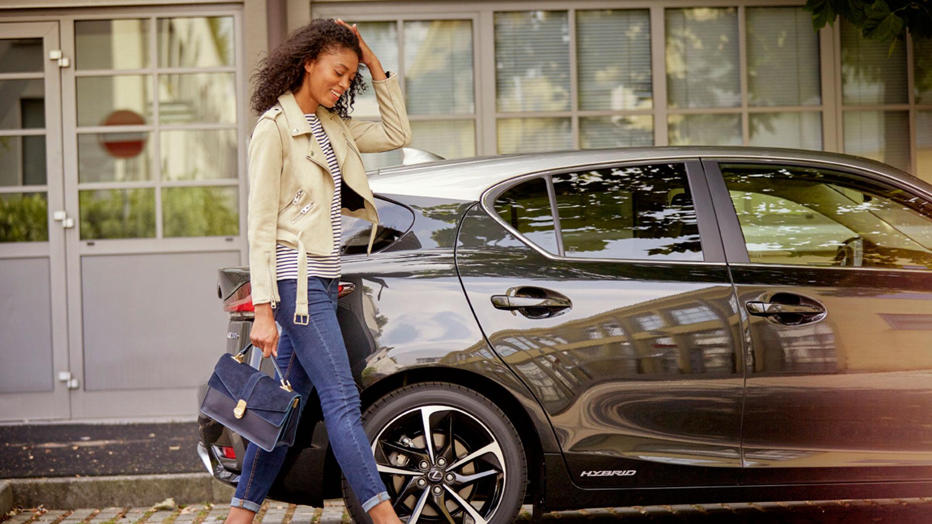 El nuevo Lexus CT 200h edición especial Black Grey Edition