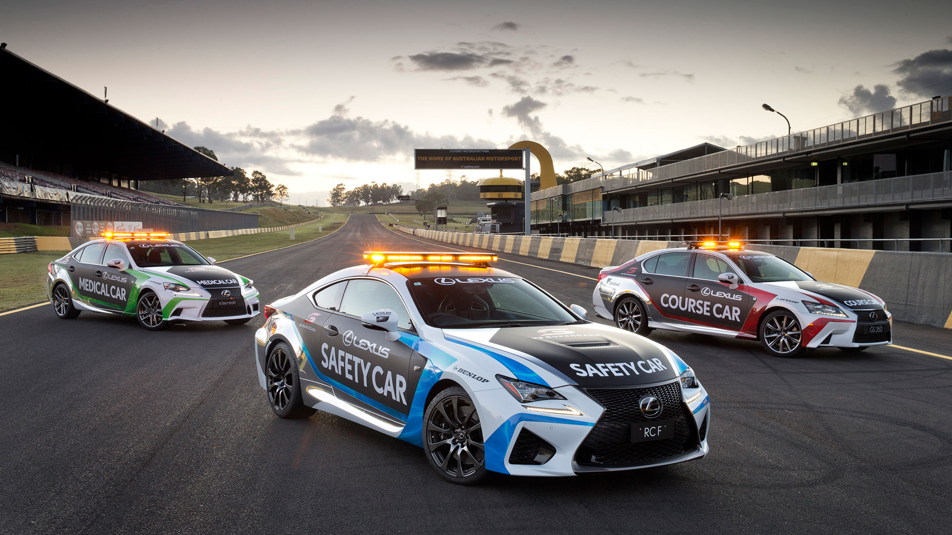 Lexus RC F nuevo Safety Car hero asset