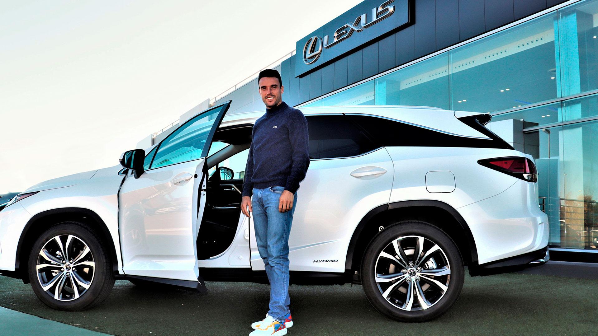 Imagen de Roberto Bautista y Lexus