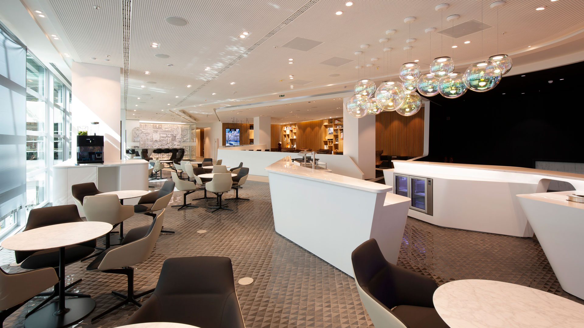 Lounge by Lexus hero asset