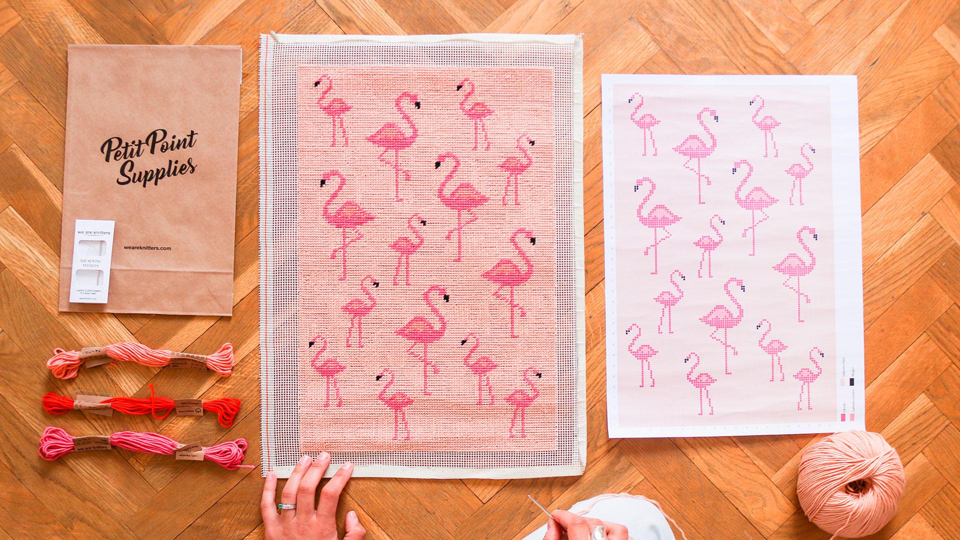 We are knitters lanza unos kits de petit point con motivos veraniegos