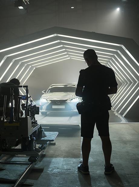 2019 lexus es driven by intuition micro thumb directed by people