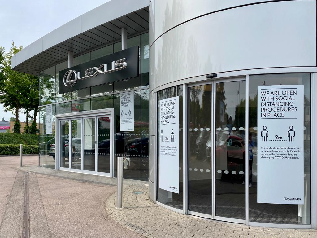 lexus centre front opening