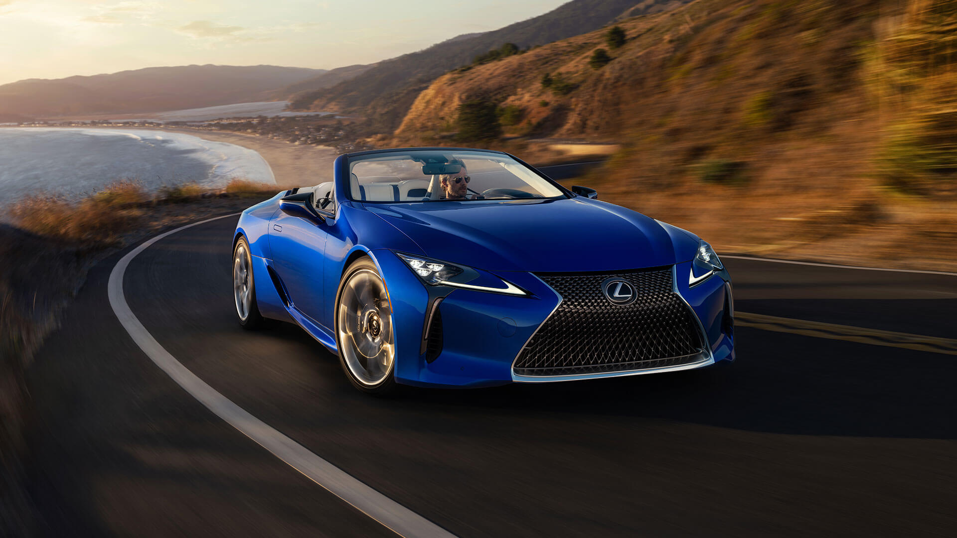 LC Convertible Best Luxury Car Award 010