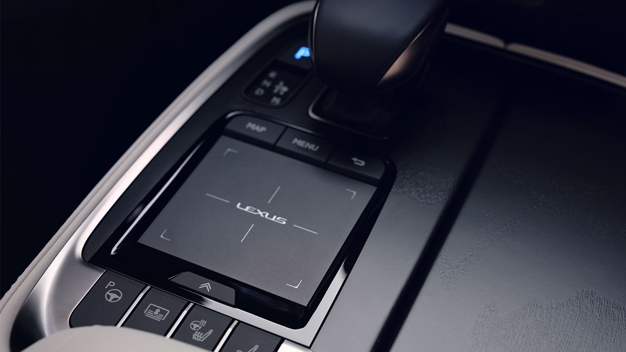 2020 lexus ls experience touch pad