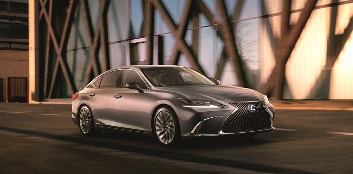 Lexus ES 300h Body Content Item 2 Image