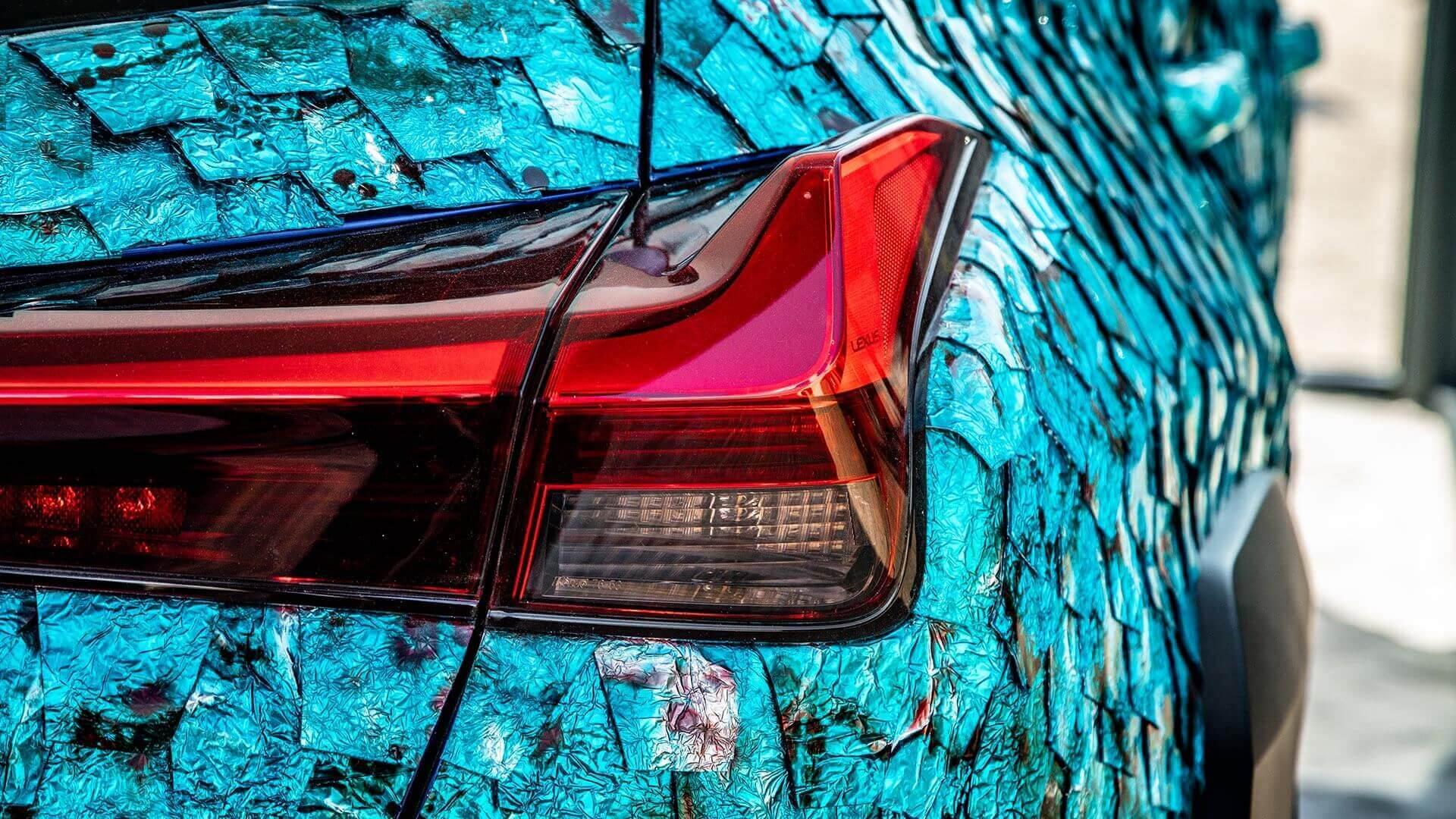LexusUXArtCar02