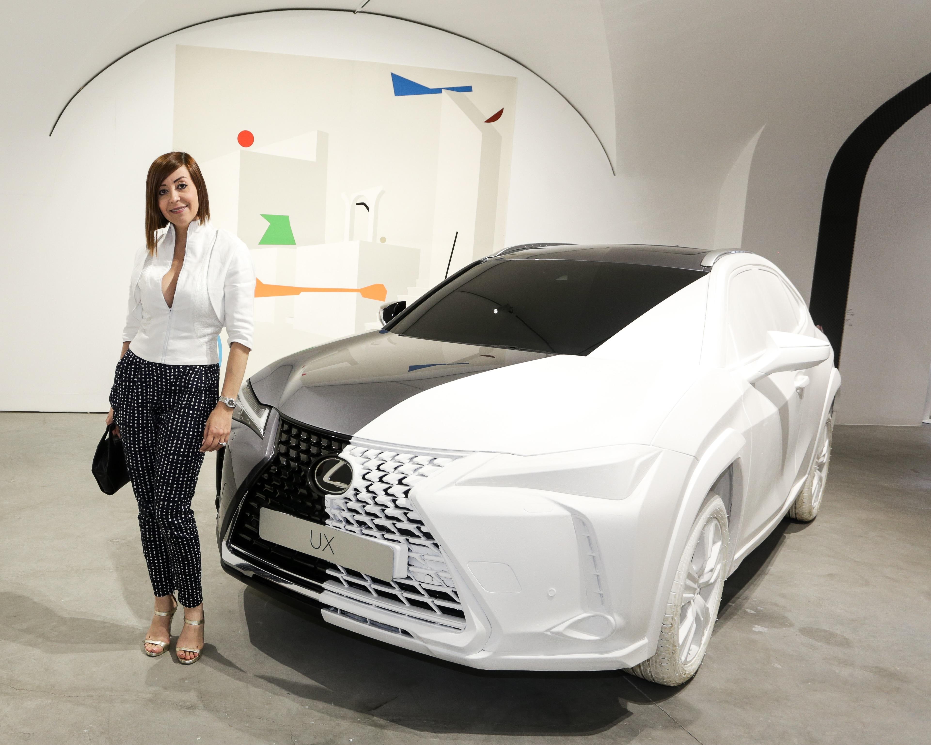 Lexus UX Art Space recebe famosos atuacao intimista