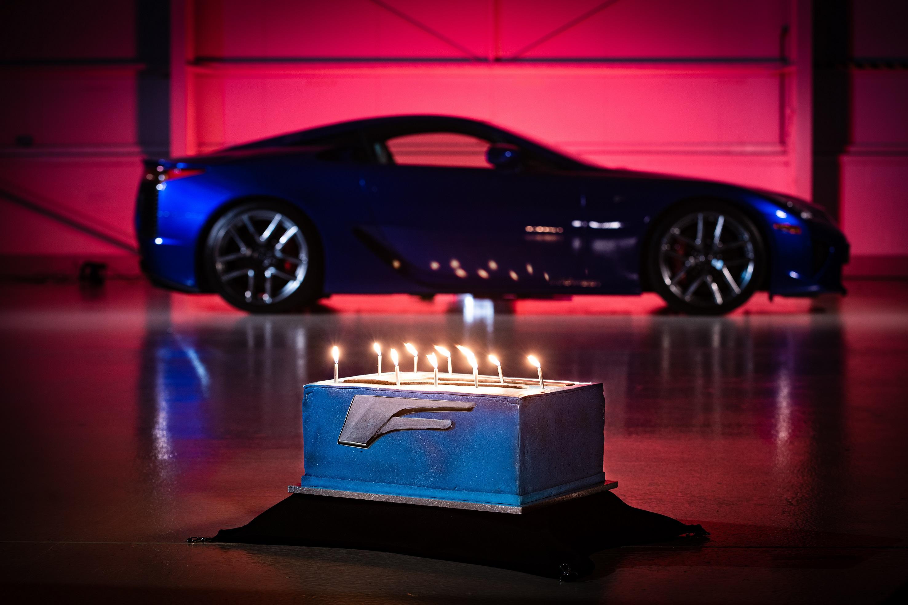 Lexus comemora 10 aniversario do LFA Image