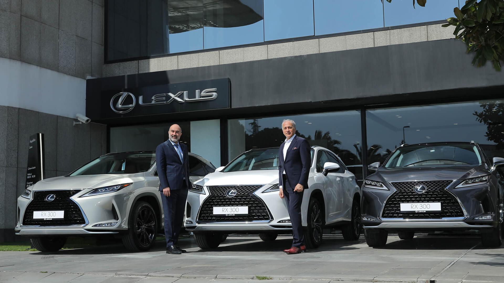 Dünyanın İlk Premium SUV'u Lexus RX gallery01