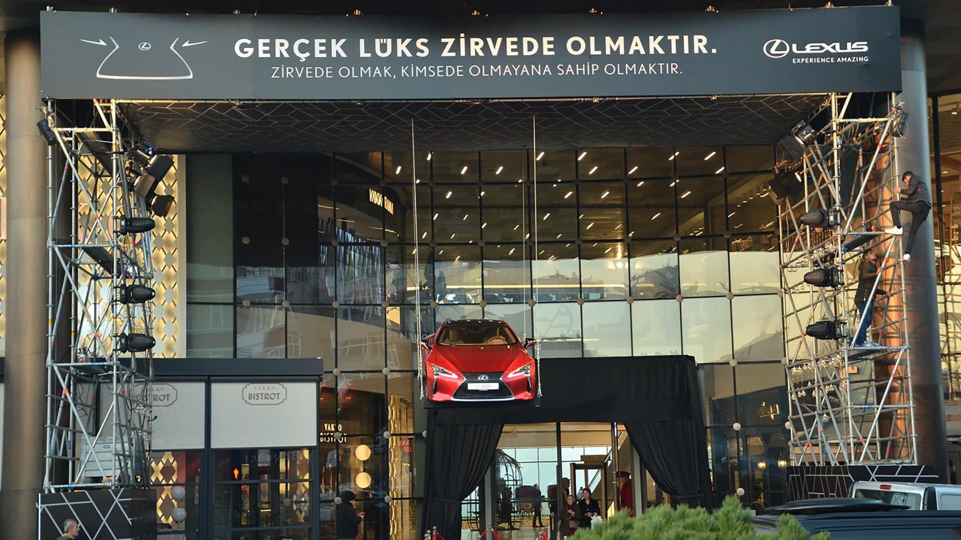 Lexus LC 500 zirvede ucuyor gallery03
