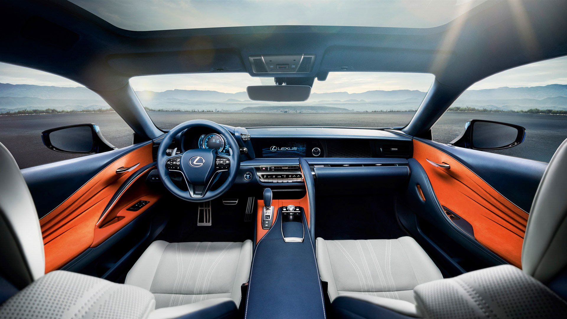 Lexus LC 500h gallery04 v2
